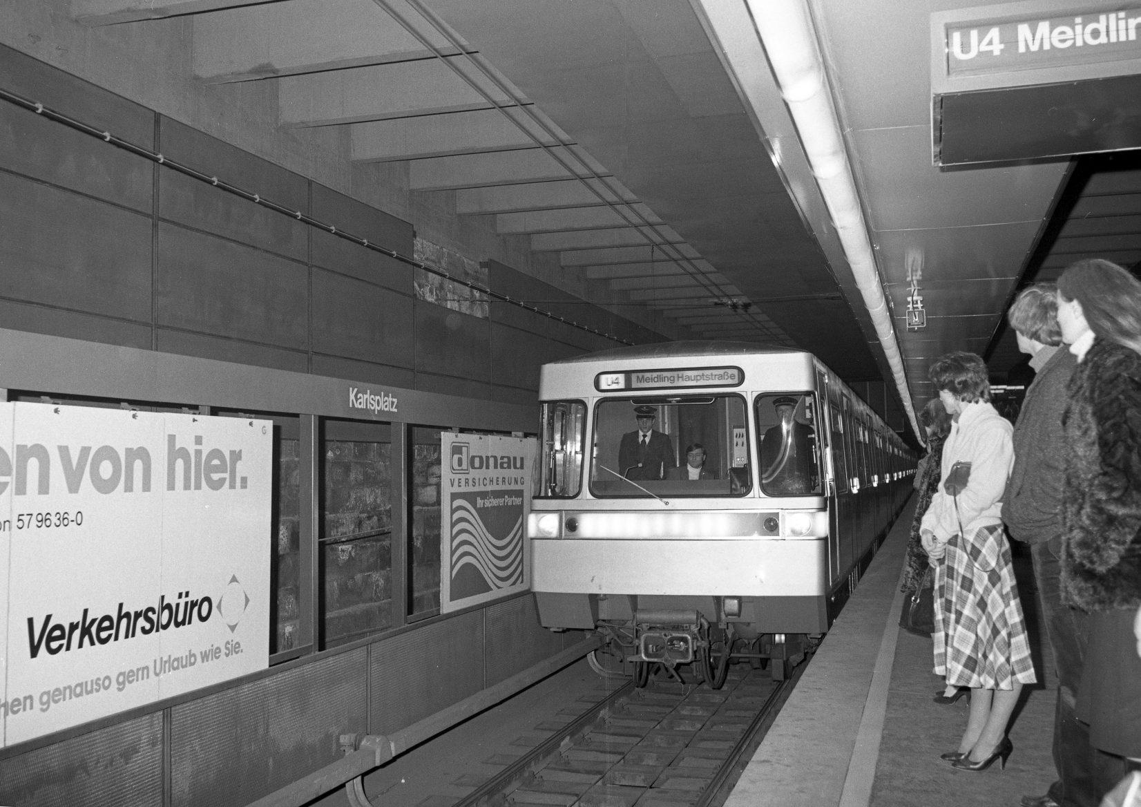 U1 Verlängerung 1979 - Eröffnungszug Schwedenplatz
