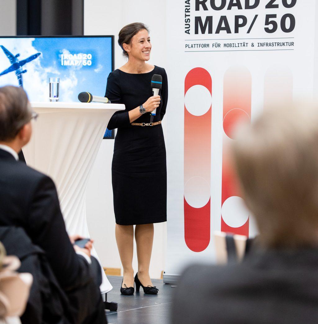 Dipl. - Ing. Vera Eichberger (Leitung Take Off  FFG) beim ExpertInnenpanel © Zsolt Marton